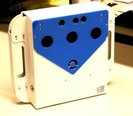 Portable depthsensor system consisting of COTS components.