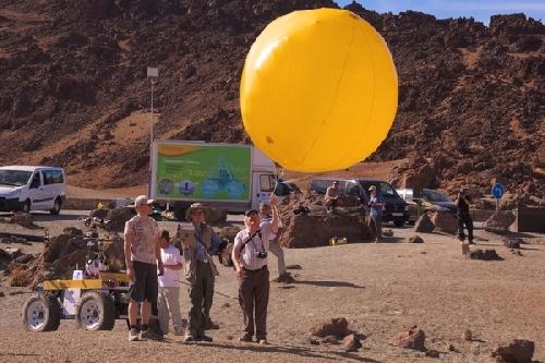 small-20120917-1709_aerobot_demo